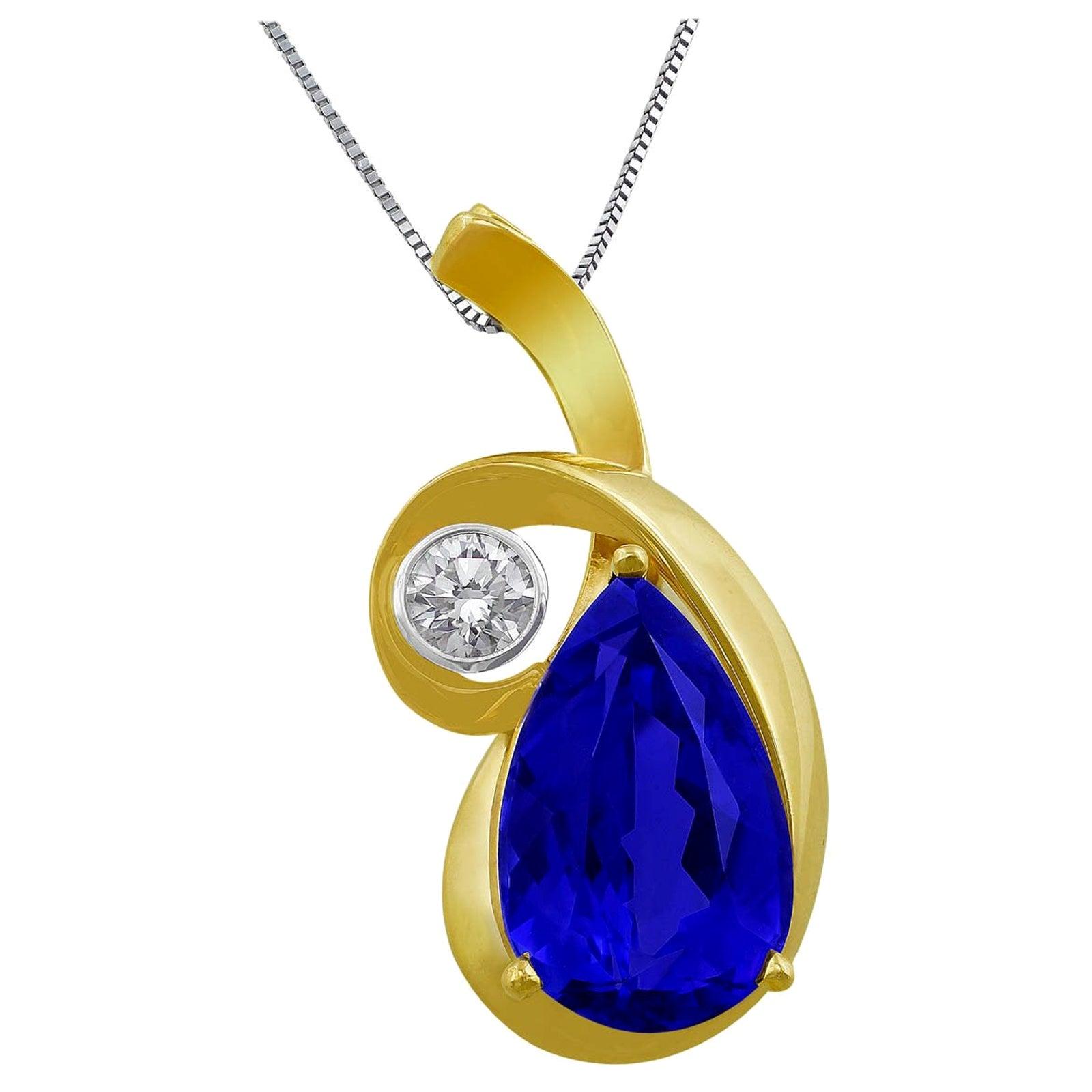 14 Karat Yellow Gold Tanzanite Pendant Necklace