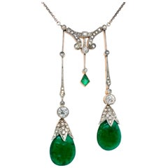 Edwardian Colombian Emerald and Diamond Lavaliere Negligee Necklace, circa 1910s