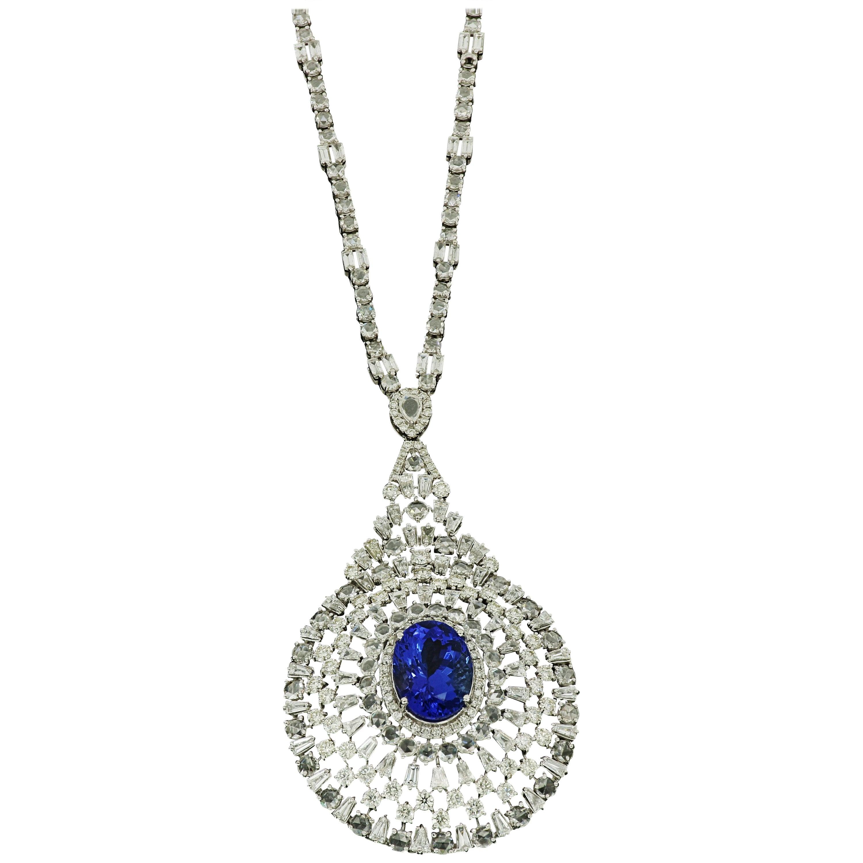 Amwaj Jewellery 18 Karat White Gold Chandelier Necklace with Diamonds