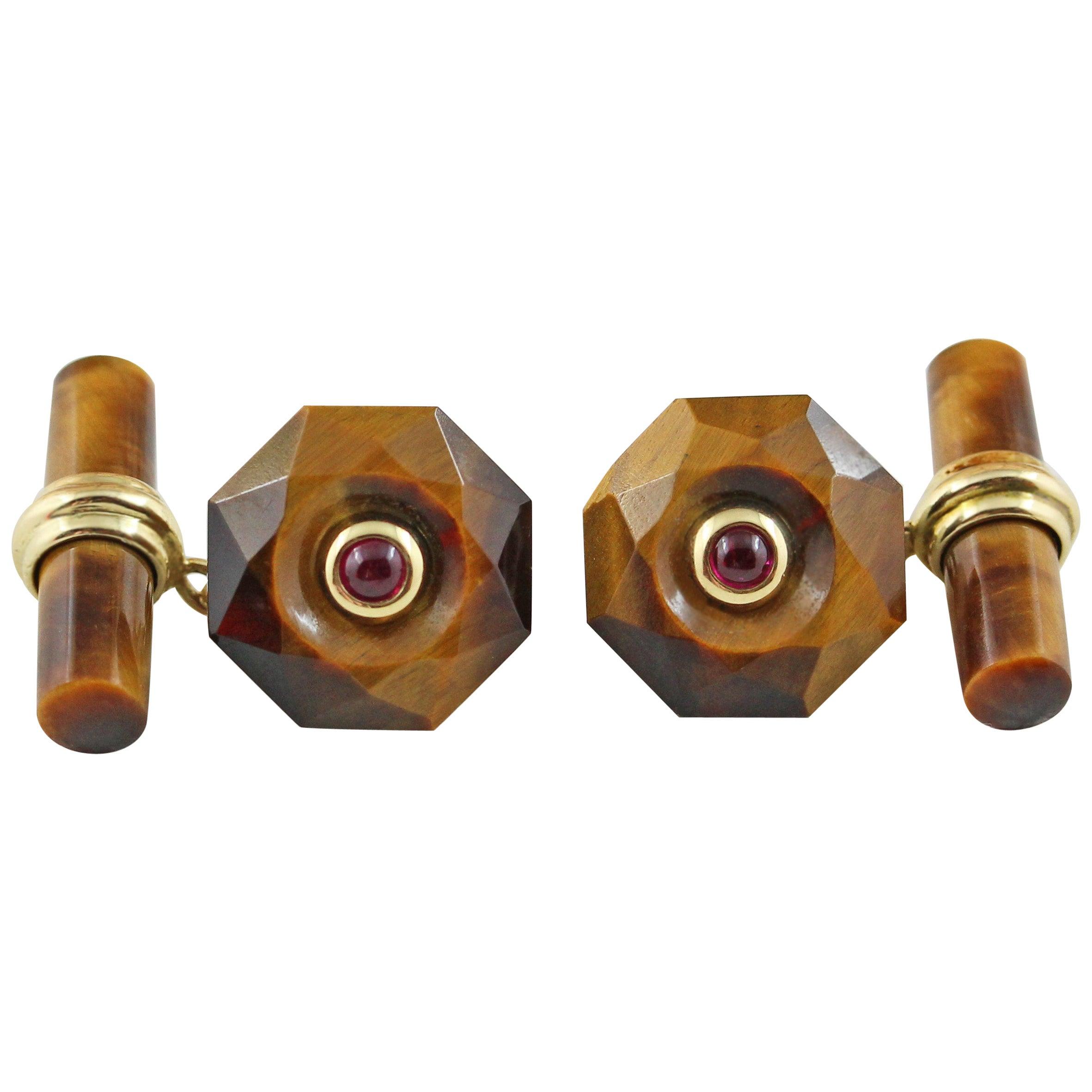 18 Karat Yellow Gold Tiger's Eye Cabochon Rubies Cufflinks Convex Multifaceted