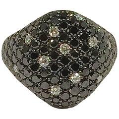 Jona Black and White Diamond 18 Karat White Gold Signet Ring