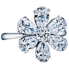 Diamond Pear Shape and Round Flower Ring 3.50 Carat D-G Color Platinum with GIA