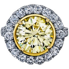 Round Yellow Diamond Ring 5.32 Carat, Set in Platinum/18 Karat Yellow Gold