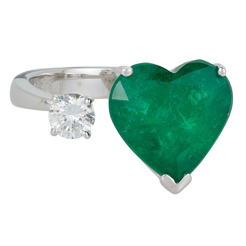 3.84 Carat Heart Shape Emerald Diamond Toi et Moi Ring 14 Karat White Gold