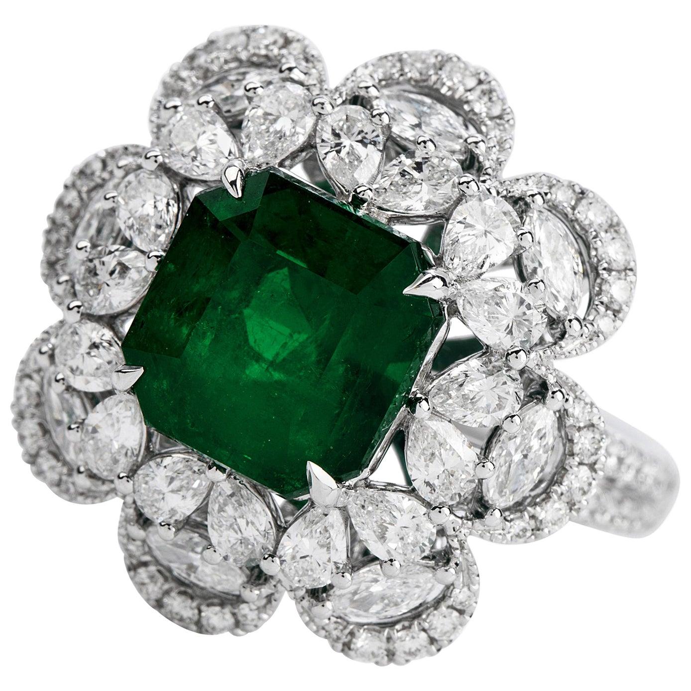 6.96 Carat Colombian Emerald Diamond 18 Karat Gold Large Cocktail Ring