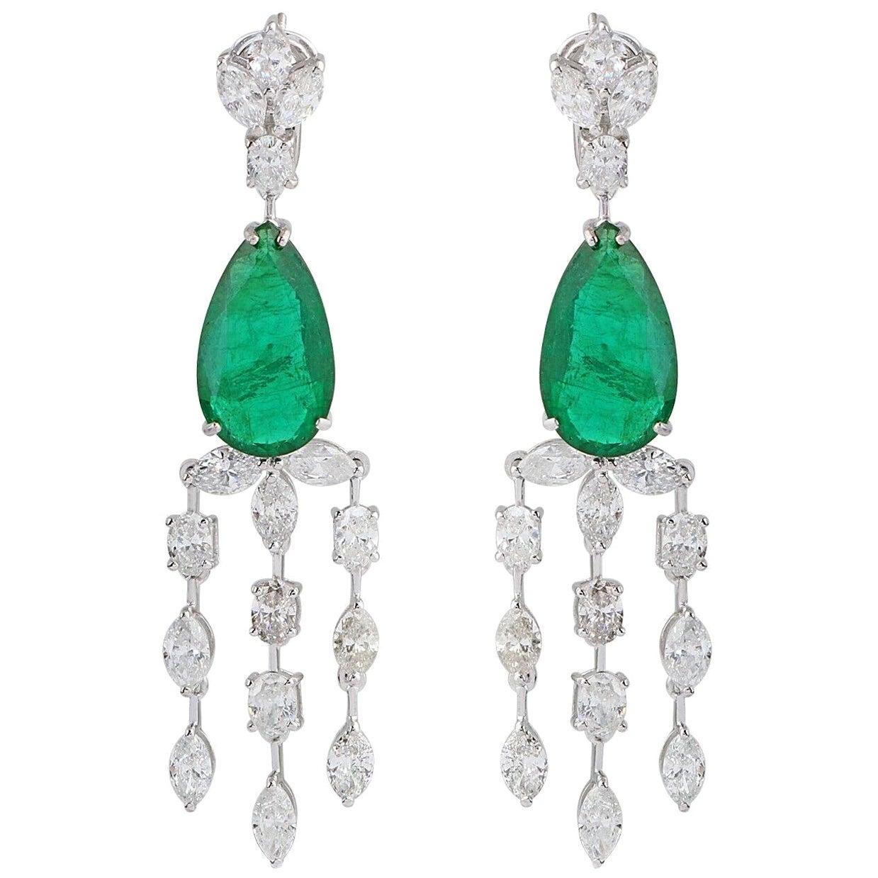 13.70 Carat Emerald Diamond 18 Karat White Gold Chandelier Earrings