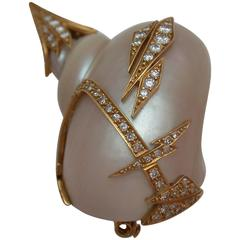 1960s Sterle Paris Shell Diamond Gold Brooch
