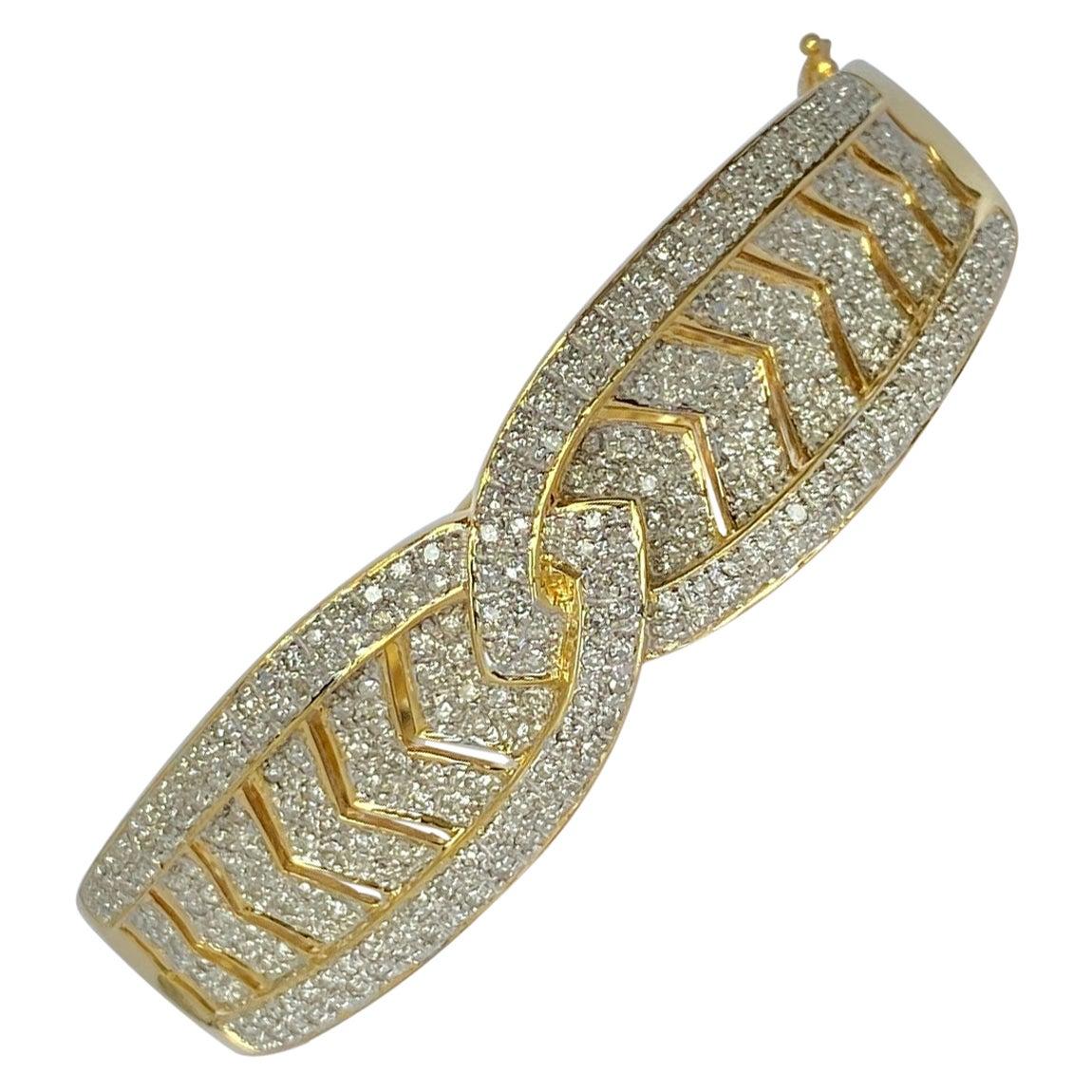 Modern Diamond and 18 Carat Gold Bangle Bracelet