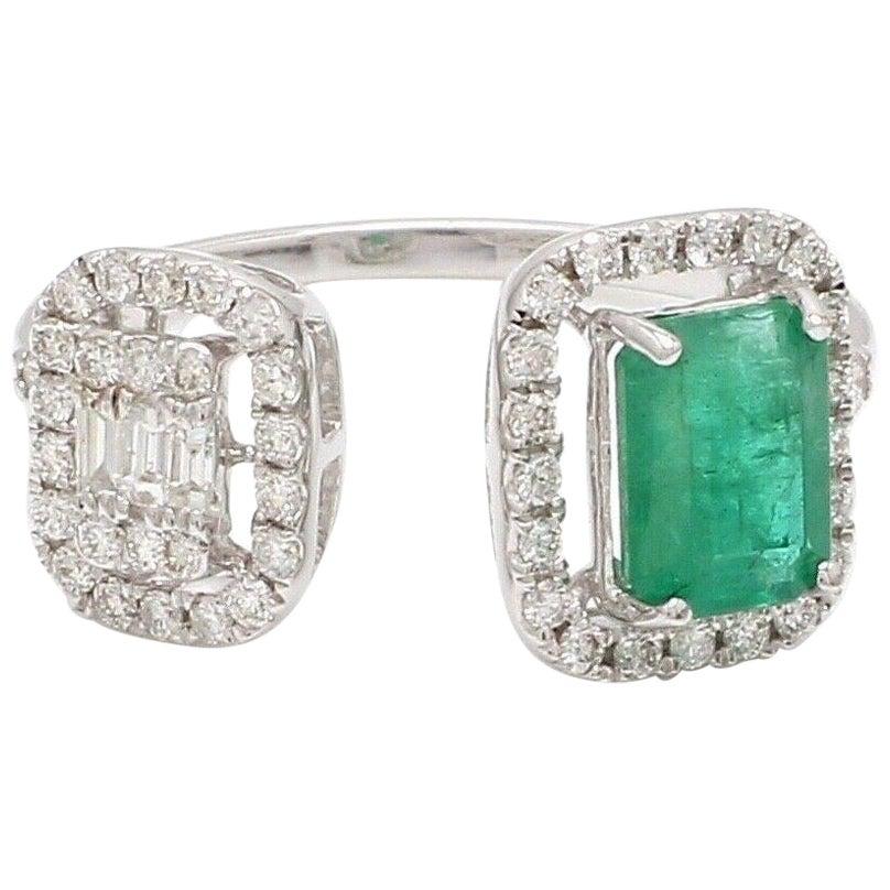 Emerald Diamond 18 Karat White Gold Twin Ring
