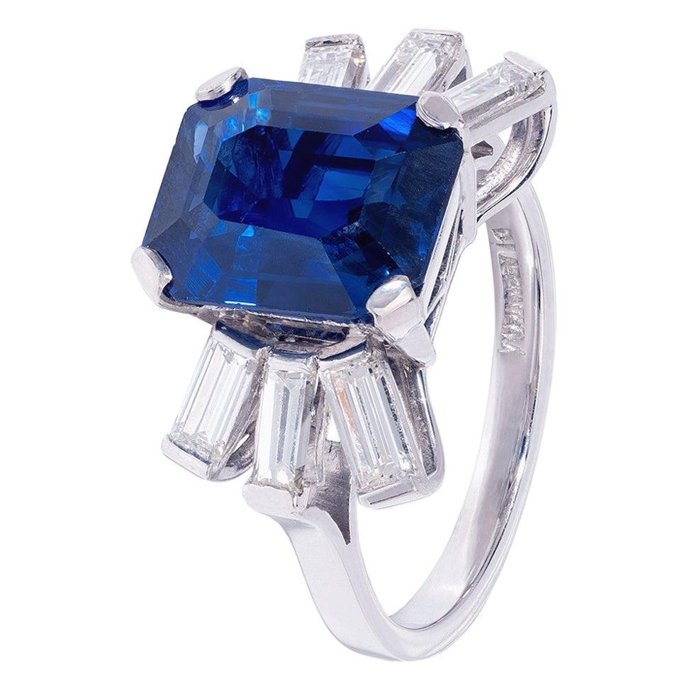 Extraordinary 5 Carat Sapphire and White Diamond Ring in Platinum