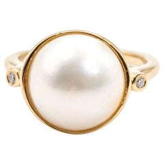 9 Carat Yellow Gold Mabe Pearl and Diamond Vintage Dress Ring