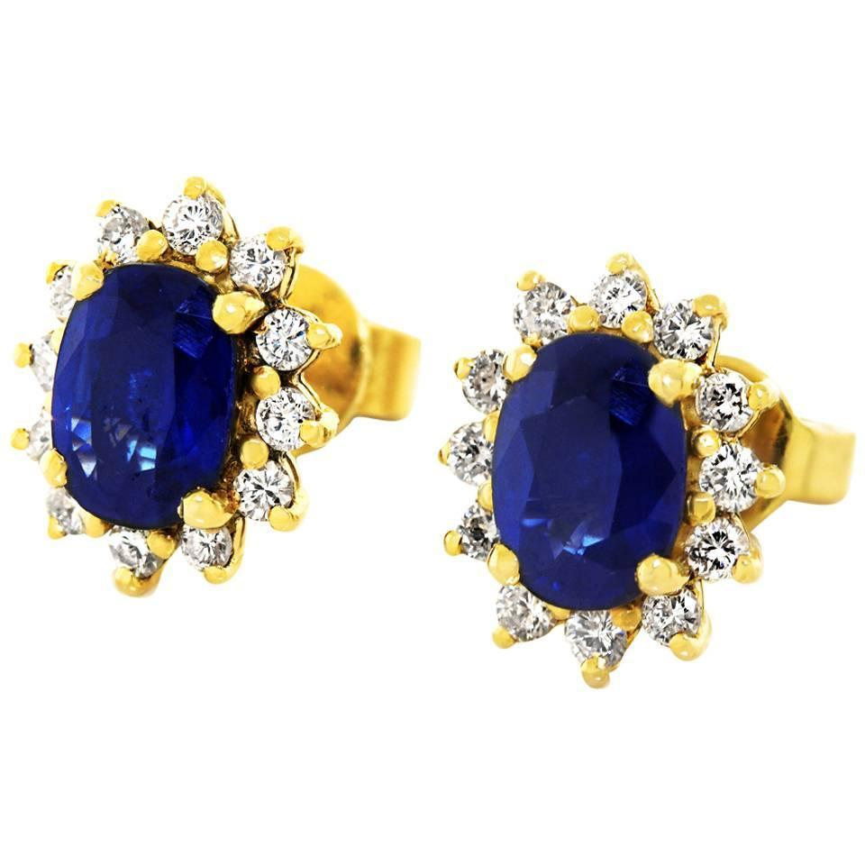 sapphire and earrings in yellow gold at 1stdibs