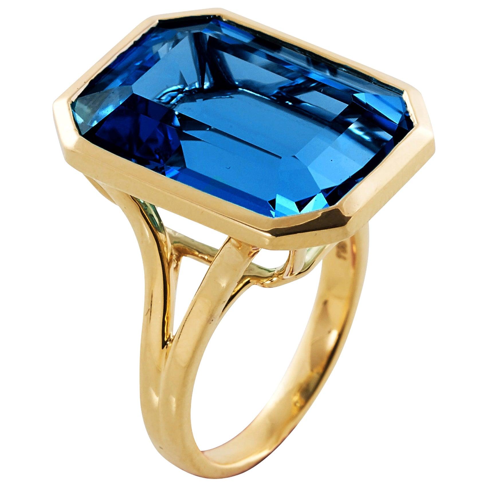 Goshwara Emerald Cut London Blue Topaz Ring