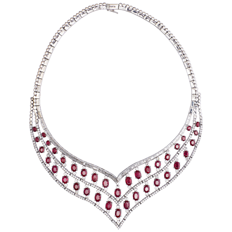 18 Karat White Gold Diamonds and Rubies Necklace