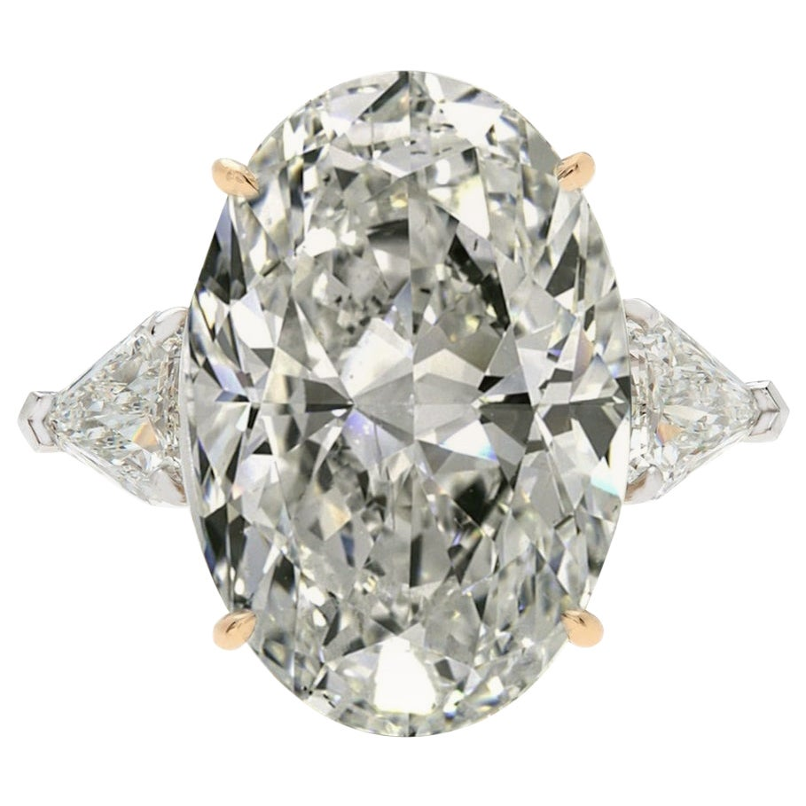 GIA Certified 4.50 Carat Oval Diamond Platinum Ring F Color VVS2 Clarity