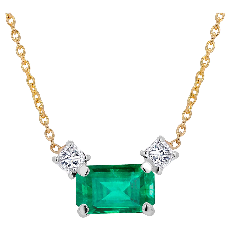 Colombia Origin Emerald and Princess Diamond Yellow Gold Drop Pendant Necklace