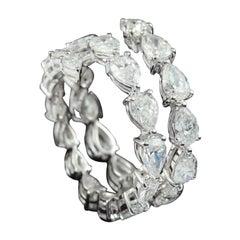 Wrap Around Pear Shape Diamond Ring in 18 Karat Gold