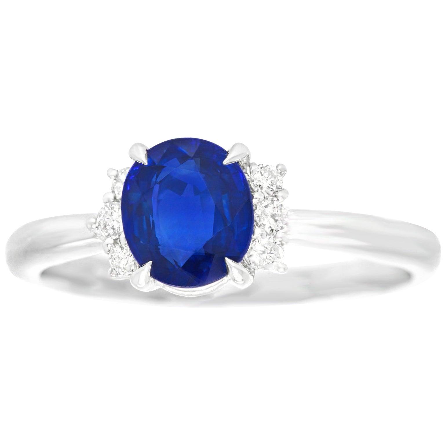 1.31 Carat Sapphire and Diamond-Set Platinum 1950s Ring