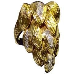 Diamond Gold Motif Ring