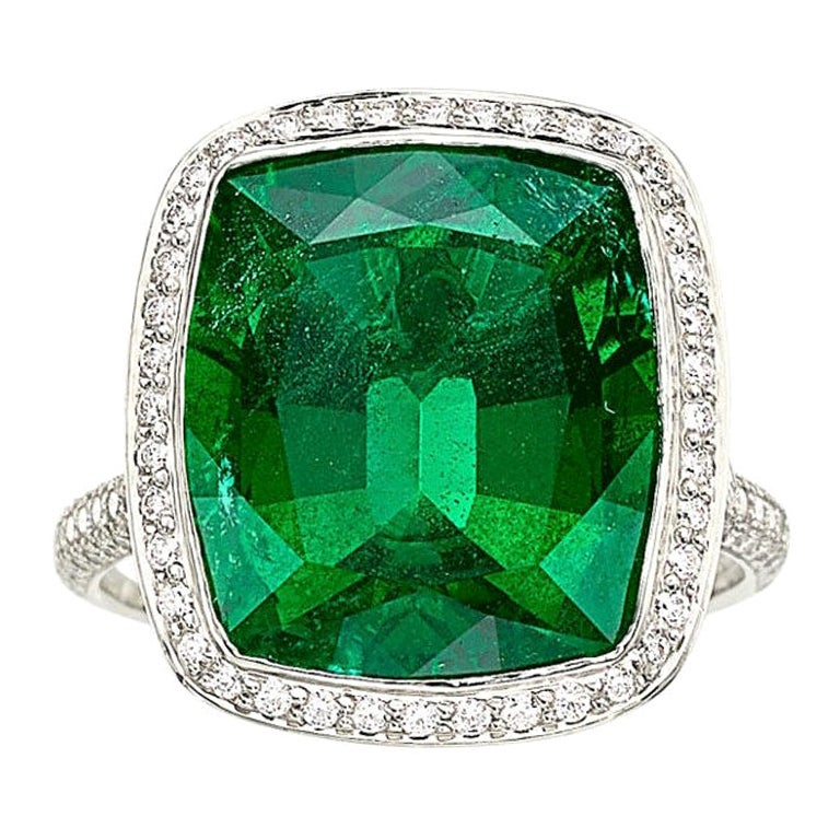 Exceptional Tiffany & Co. Emerald Diamond Platinum Cocktail Ring