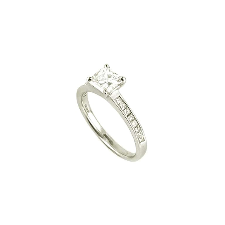 GIA Certified Radiant Cut Diamond Solitaire Engagement Ring 1.10 Carat D/VVS2
