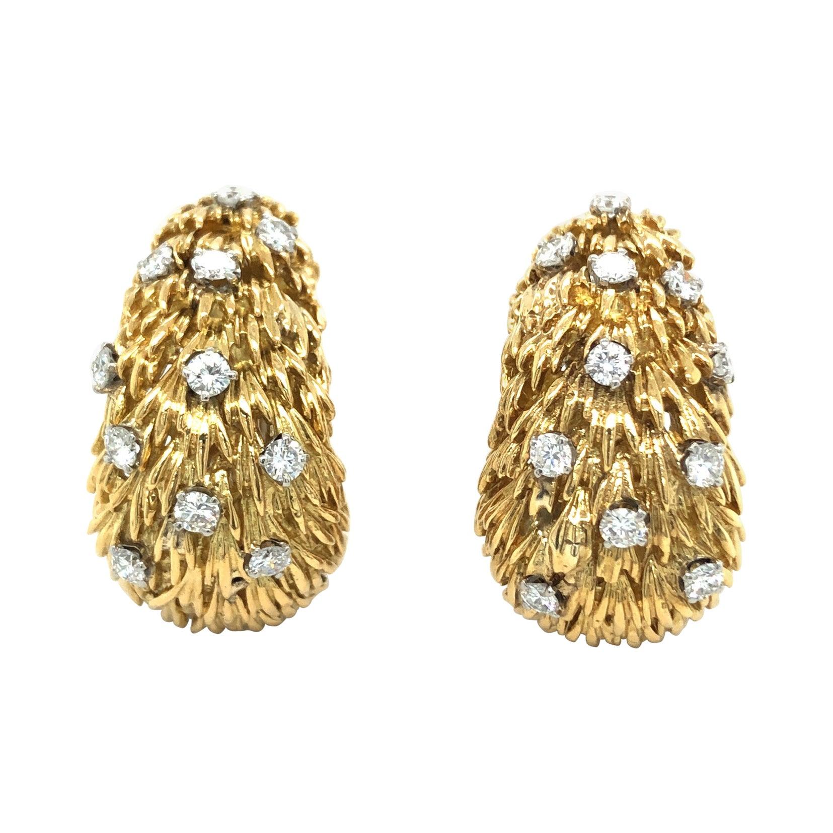 David Webb 18 Karat Yellow Gold Diamond Vintage Half Hoop Clip-On Earrings