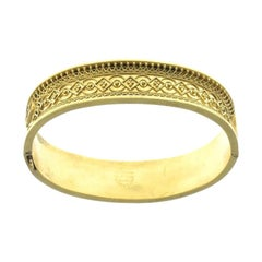 Late 19th Century Floral Motif Gold Bangle
