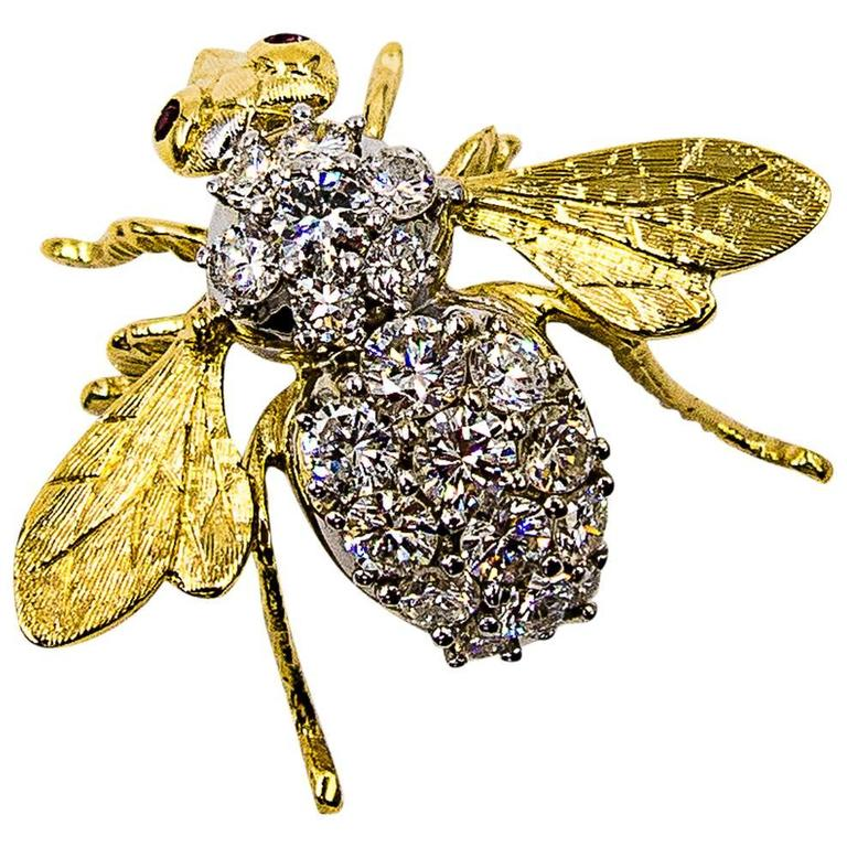 Classic Diamond Gold Bumblebee Brooch at 1stdibs
