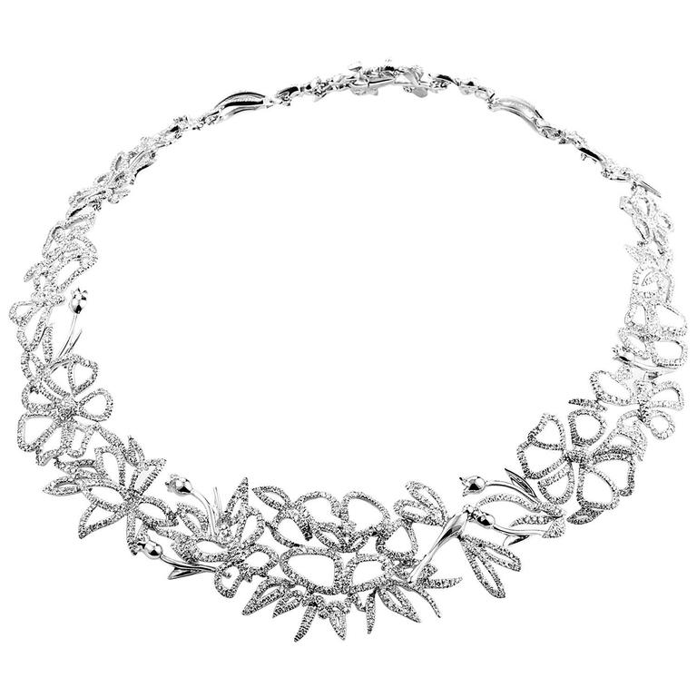 Gucci Diamond Gold Floral Choker Necklace