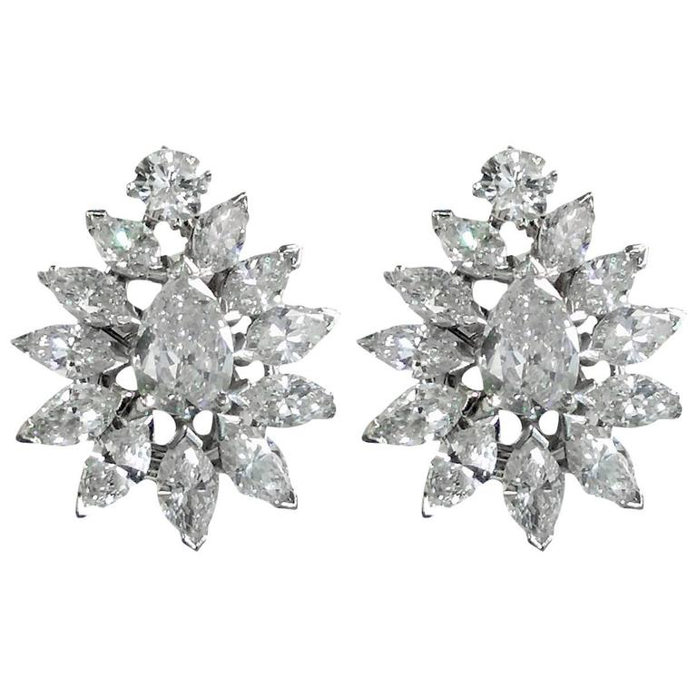 Exquisite Diamond 10 Carat Starburst Drop Earrings