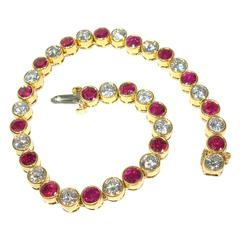 Harry Winston Ruby diamond Gold bracelet