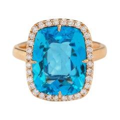 18 Karat Rose Gold 8.15 Carat Cushion-Cut Blue Topaz and Diamond Cocktail Ring