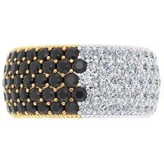 4.60 Carat Wide White and Black Diamond White and Yellow 18 Karat Gold