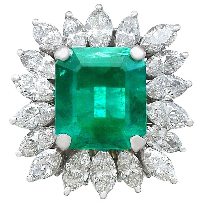 1990s 4.30 Carat Emerald Diamonds Gold Cluster Ring For Sale