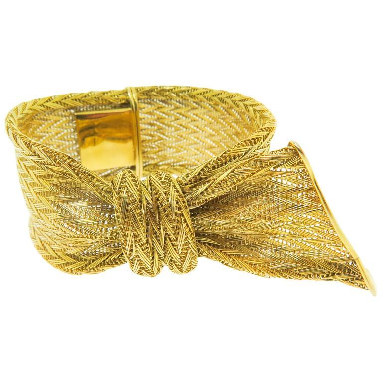 Unique Gold Mesh Ribbon Bracelet