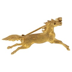 18 Karat Yellow Gold Horse Vintage Brooch Handcrafted in Italy