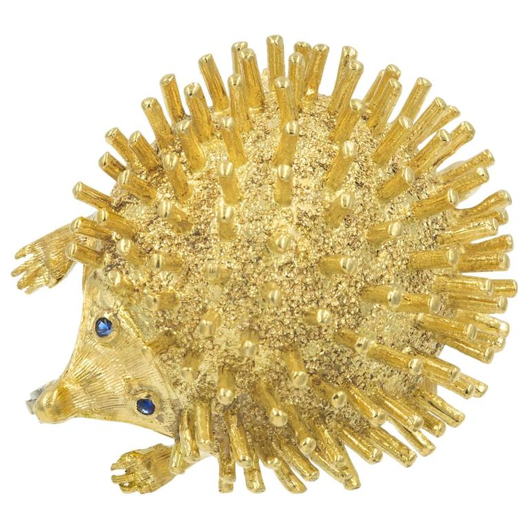 Very Cute  Gold Hedgehog Brooch 1