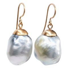 18 Karat Gold Large Baroque South Sea Pearls Pearlescent Drop Earring