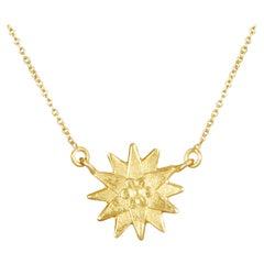 18 Karat Gold Handmade Dandelion Pendant Short Necklace