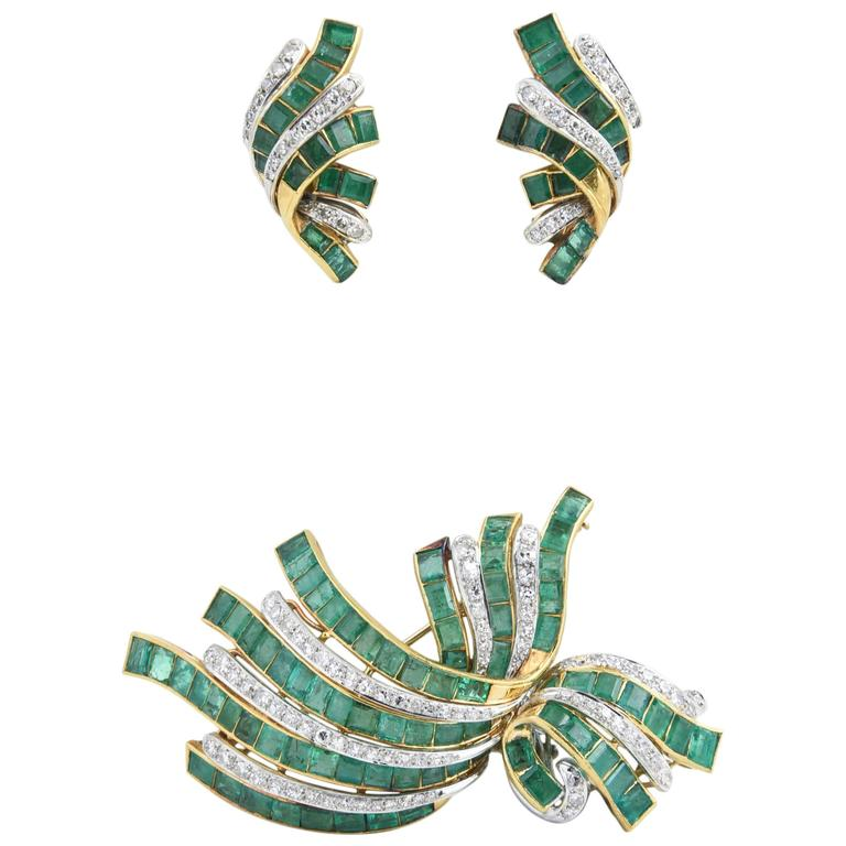 Retro Diamond Emerald Gold Brooch and Earrings