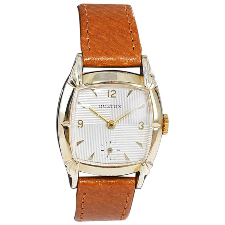 Ruxton Gold Filled Art Deco Cushion Shaped Wristwatch from 1940's For Sale