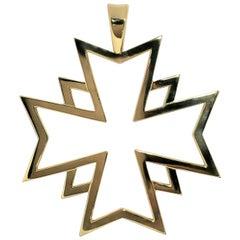 Chanel Maltese Cross Pendant in 18K Yellow Gold