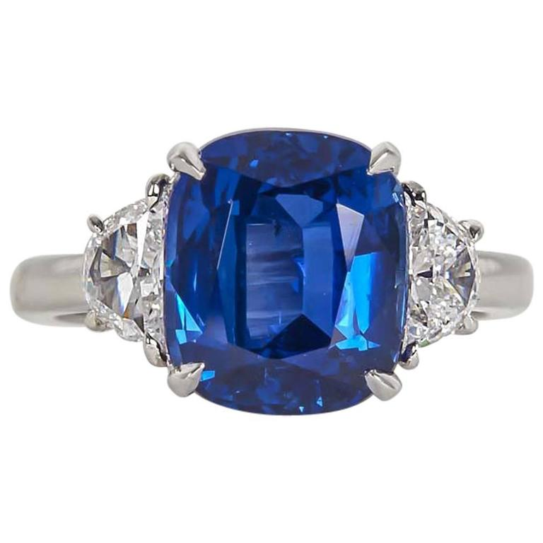 5 Carat Vivid Blue Sapphire Diamond Platinum Ring For Sale