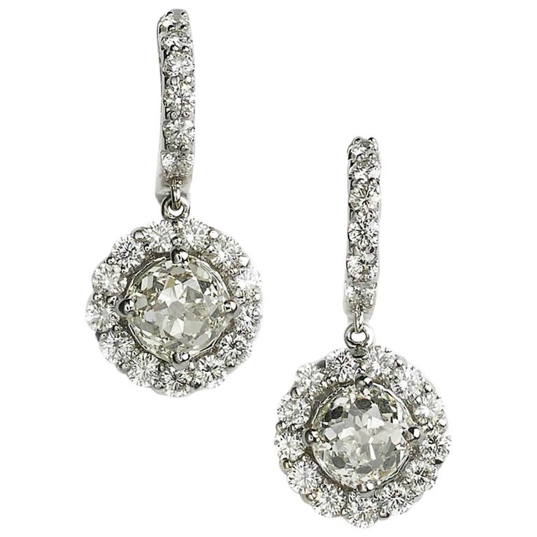 8.44 Carats Diamond Gold Cluster Drop Earrings For Sale
