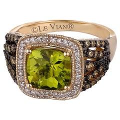 New LeVian Ring Peridot Chocolate Diamonds Vanilla Diamonds 14K Honey Gold