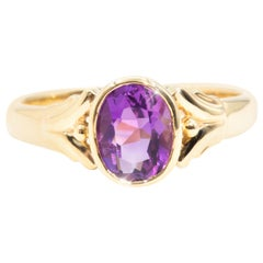 Vivid Purple Oval Amethyst 9 Carat Yellow Gold Solitaire Vintage Ring