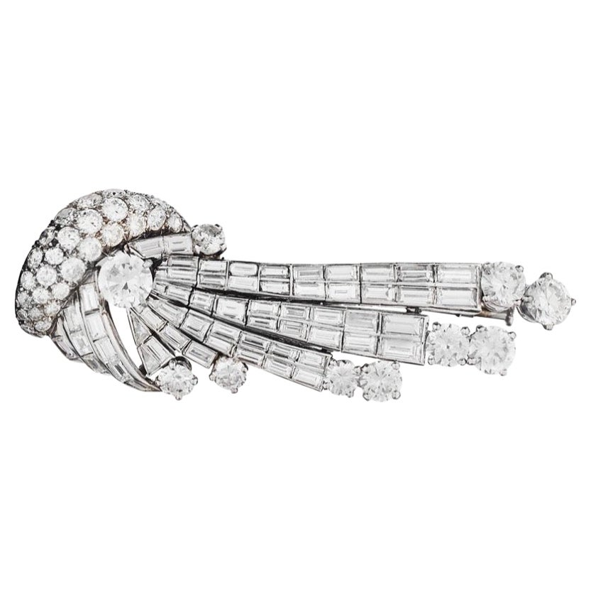 Platinum Round & Baguette Diamond Comet Brooch