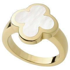 Van Cleef & Arples Alhambra Mother of Pearl 18 Karat Yellow Gold Ring