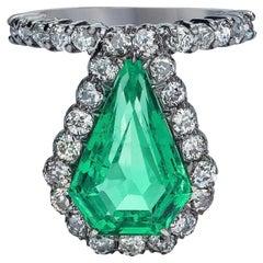 GIA Certified 6.06 Carat Columbian Emerald Old Mine Diamond Ring