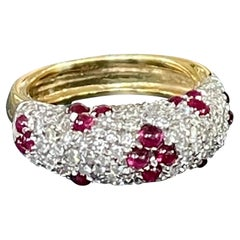 Vintage Brilliant Cut Diamond and Cabochon Ruby 18 Karat Yellow Gold Dome Ring